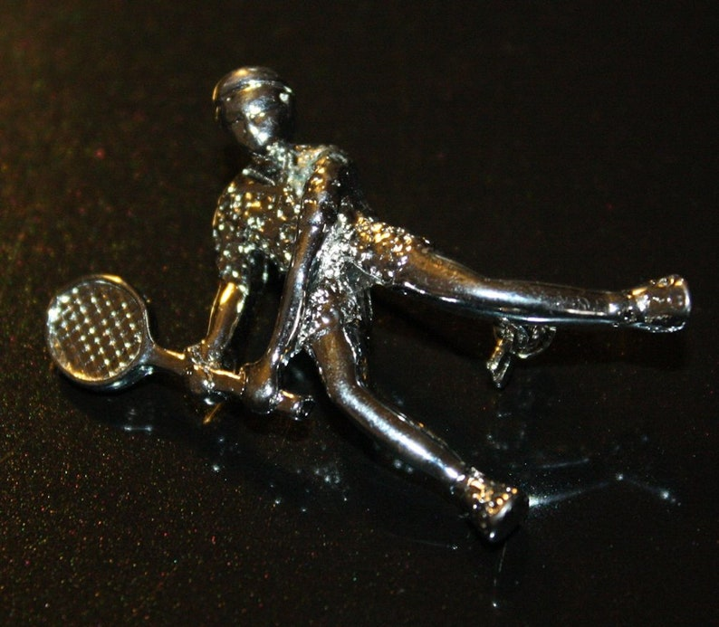 Vintage 1950s Art Deco Silver Tone Metal Figural Novelty Brooch Pin~Tennis Player