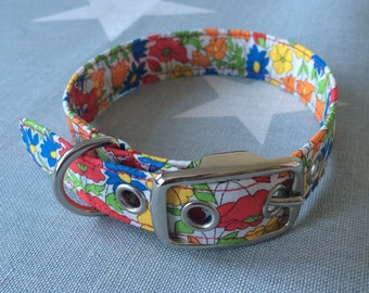 Handmade Dog Collar Made with Pretty Poppy Floral Fabric - Available in Various Sizes
