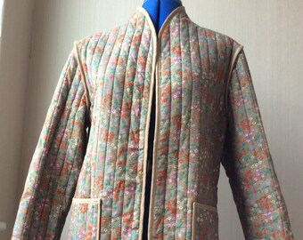 Vintage 70's quilted floral women's jacket