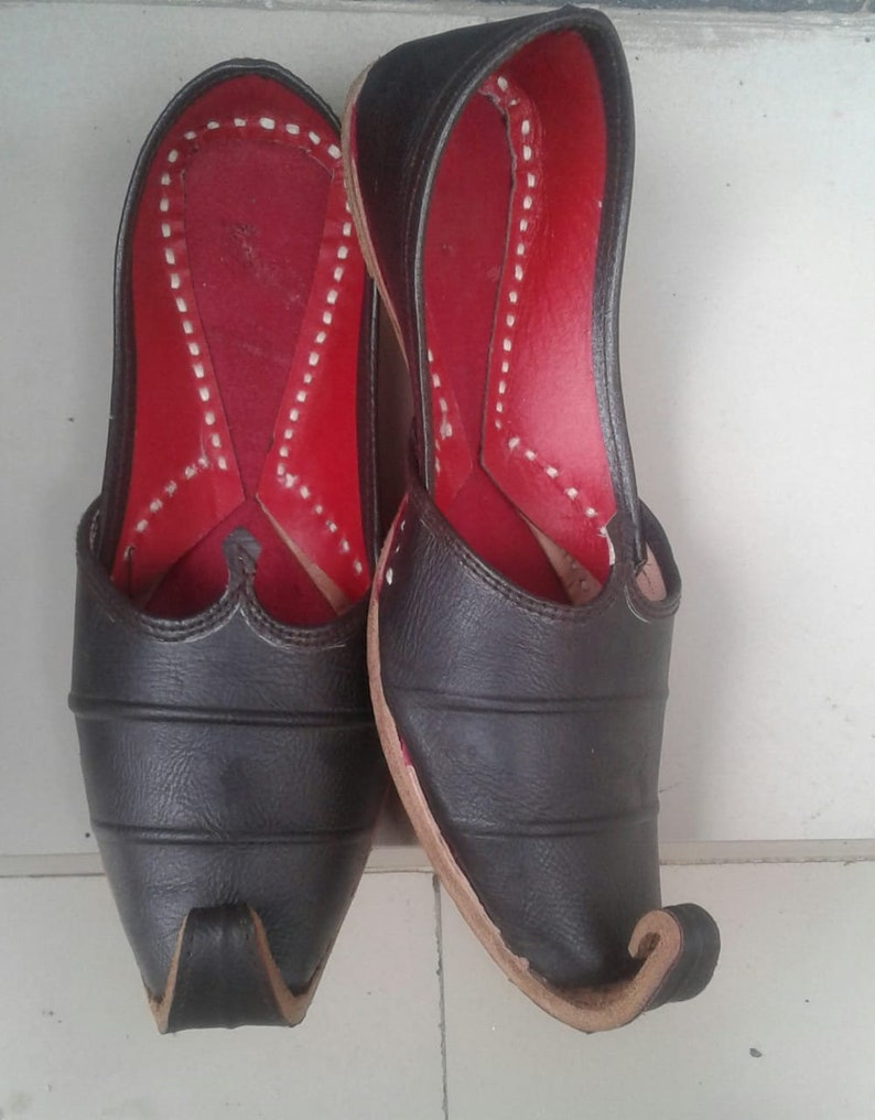 brown gents shoes leather shoes nagra shoes sherwani shoes casual shoes  alladin shoes men' dhoes jalsa jutti jooti traditional shoes mojari