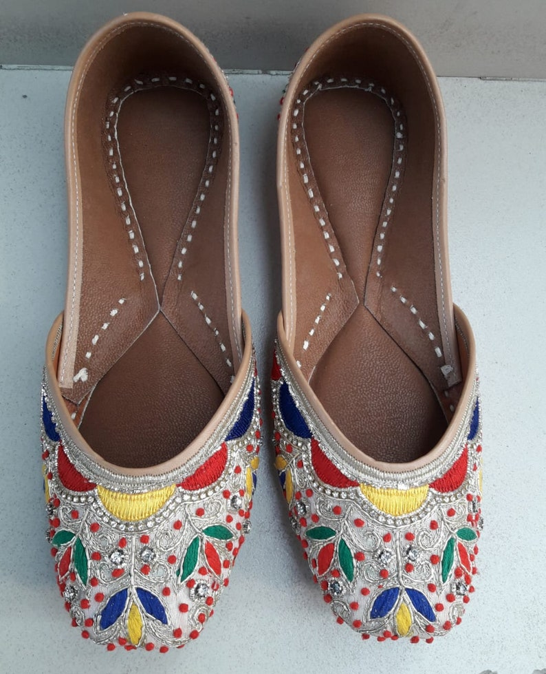 8ce7b622912b handmade jutti jaipuri jutti Pubjabi jutti khussa shoes indian image 0 ...