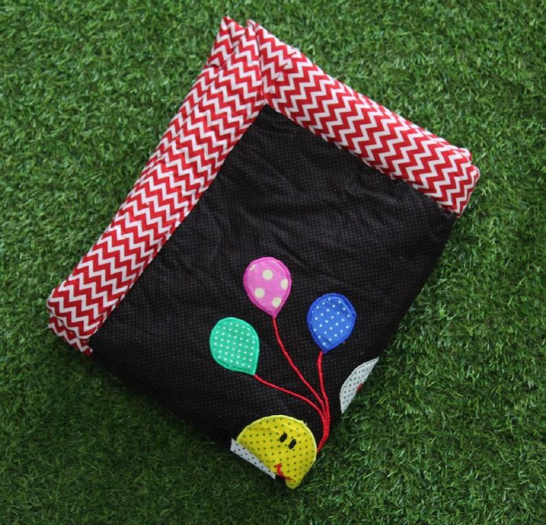 Giraffee and ballon design quilt custom quilt baby shower ideas handmade quilt Designer quilt