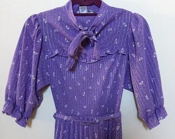 Vintage 1960s 1970s purple dress