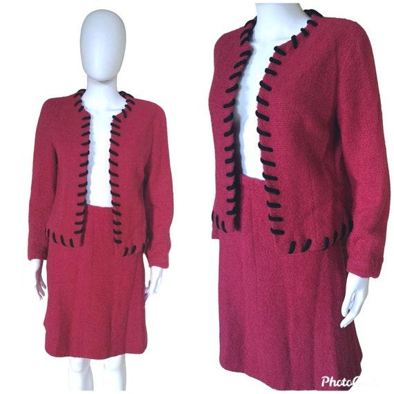 Vintage 1960s wool suit, 1960s boucle skirt suit,