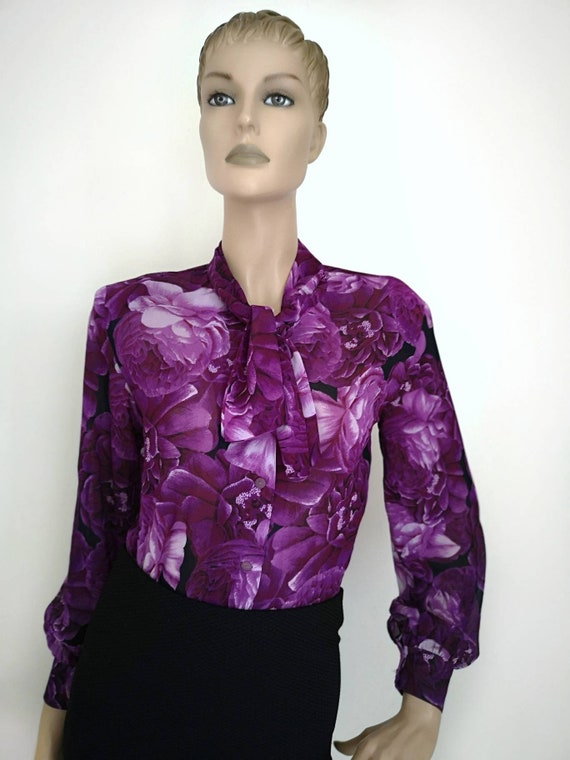 Vintage 1970s pussy bow blouse medium