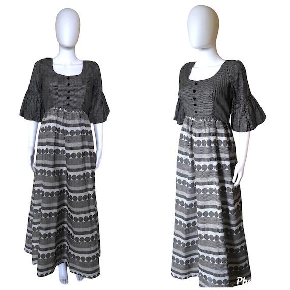 Vintage 1970s monochrome polka dot maxi dress medi
