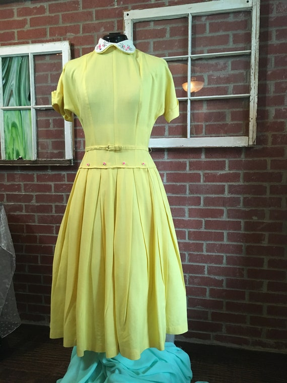 Vintage 1940's Banana Yellow Cotton Day Dress