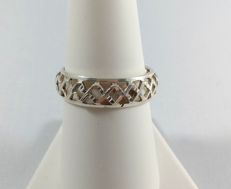Criss Cross Ring Band Hammered look Wedding Ring Band Unisex Sterling Silver Ring Vintage 1980/'s Cross Hammered Eternity Band