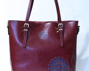 Bag Burgundy with leather strap print manually mandala