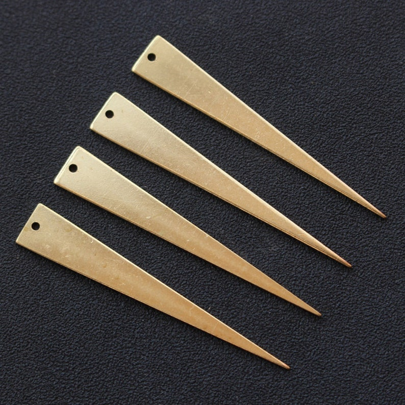 Hammed Triangle Shape Earring  Wedding  Jewelry Making  Gold Plated Brass  Surgical stainless steel Post  2pcs  mo31