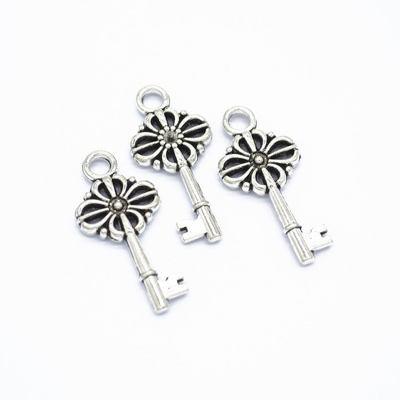 Key Necklace 150pcs 29x14mm Antique Silver Antique Bronze Key Pendant Charms DIY Supplies Jewelry Making Findings,O254 Lovely Jewelry