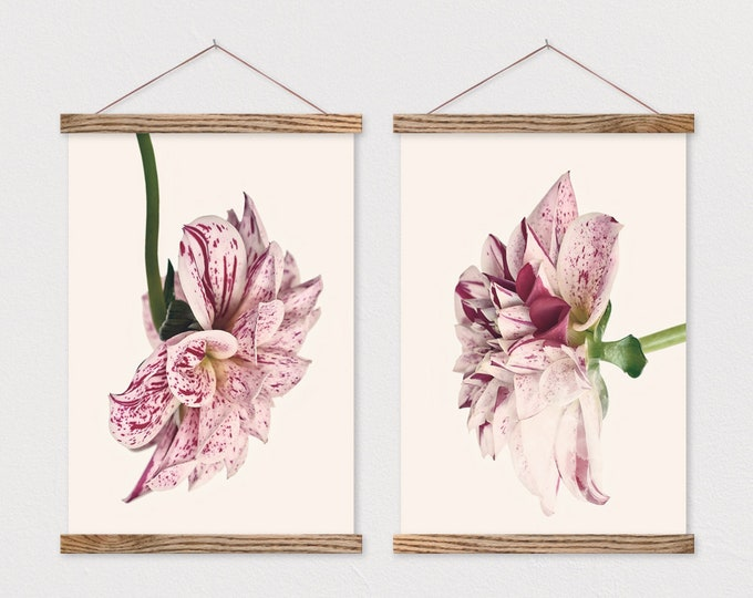 Set of 2 Dahlia Canvas Posters with Magnetic Frame Sticks