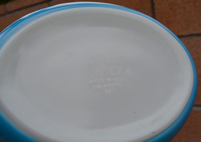 Vintage Pyrex Blue Tulip 043 1-12 Quart Promotional Casserole Dish /& Lid
