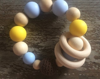 Wood/silicone teething ring