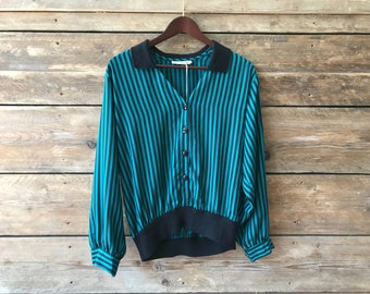 Vintage womens striped collared blouse