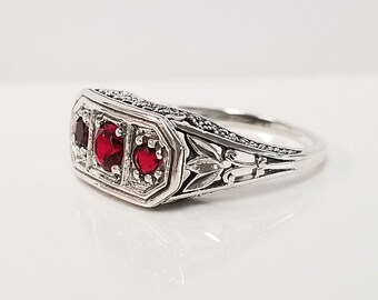 #117 ANTIQUE NOUVEAU DESIGN  GENUINE RUBY AND PEARL 925 SILVER RING SIZE 9