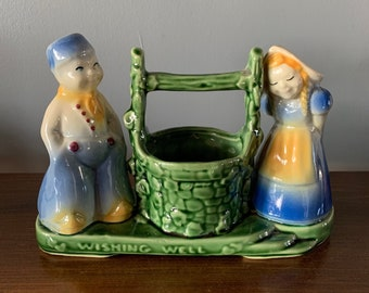Blue Green Yellow Shawnee USA #710 Dutch Boy /& Girl Wishing Well Planter