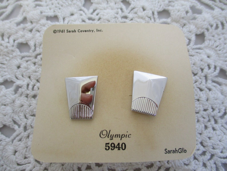 VINTAGE Sarah Coventry 1961 Silver tone Cuff links  original box Olympic 2 sets