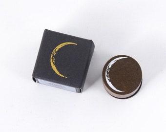 Kleine stempel met maan