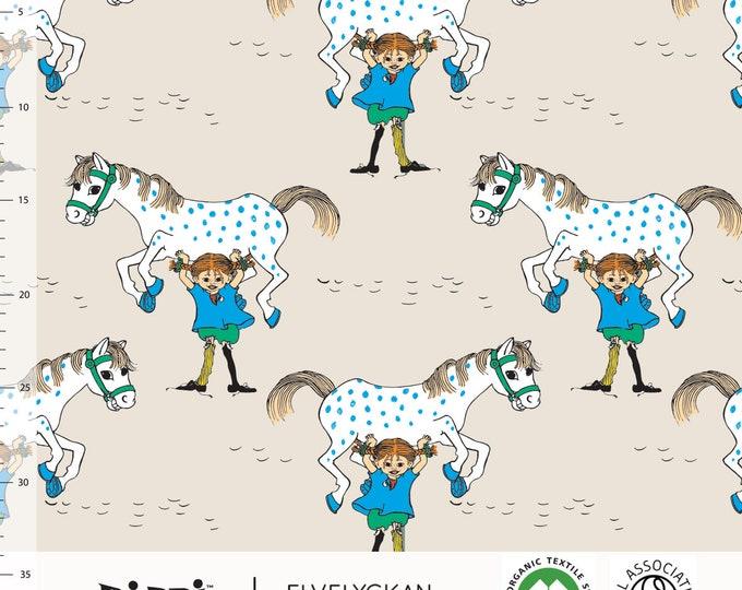Coupon: Biologische tricot stof met Pippi Langkous en Kleine Witje. Elvelyckan Pippi Långstrump. GOTS biologisch