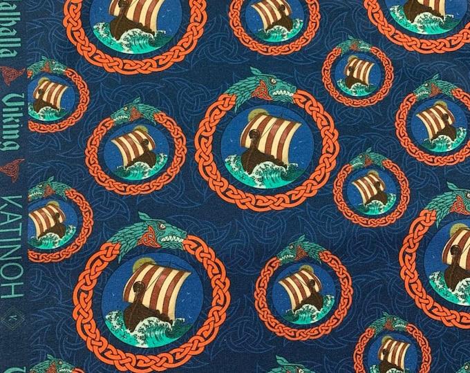 Blauwe french terry stof met vikingboten. Viking stof