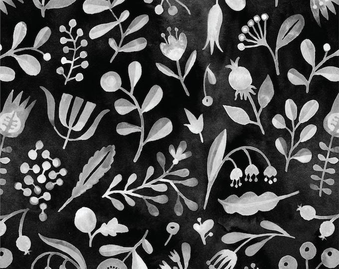 Zwart-witte biologische batist met bloemen. Cloud 9 fabrics Elliot Avenue