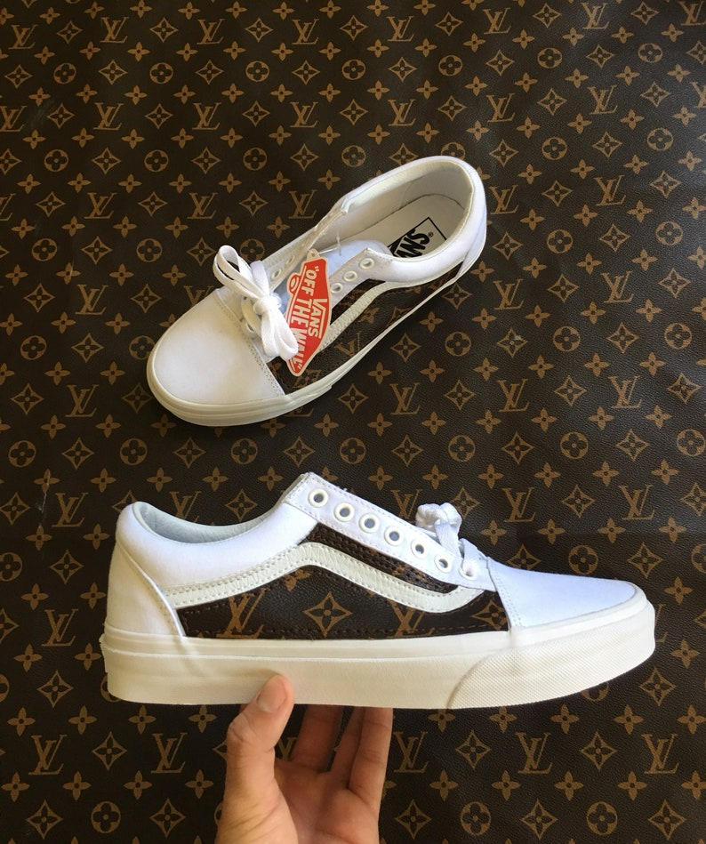 00f5c3c59 Lv canvas custom Vans