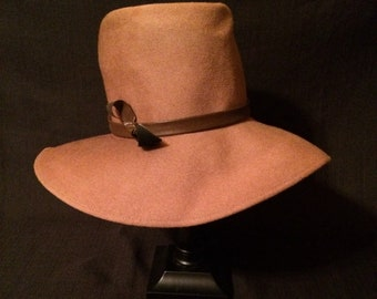 Vintage Union Made Peachfelt Wool Henry Pollack Coffee W/Dark Brown Leather Strap Accent Fedora Hat
