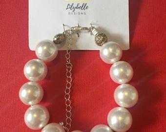 Vintage Style Handmade Faux Pearl Chunky Bracelet