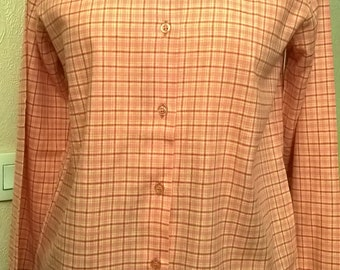 Vintage shirt / cotton in plaid/color pink and red/collar Mandarin/sleeves/long very nice gift idea / Made in France.