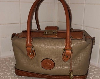 Vintage Dooney & Bourke pebbled all weather leather satchel purse - tan/taupe