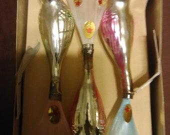Shiny brite birds