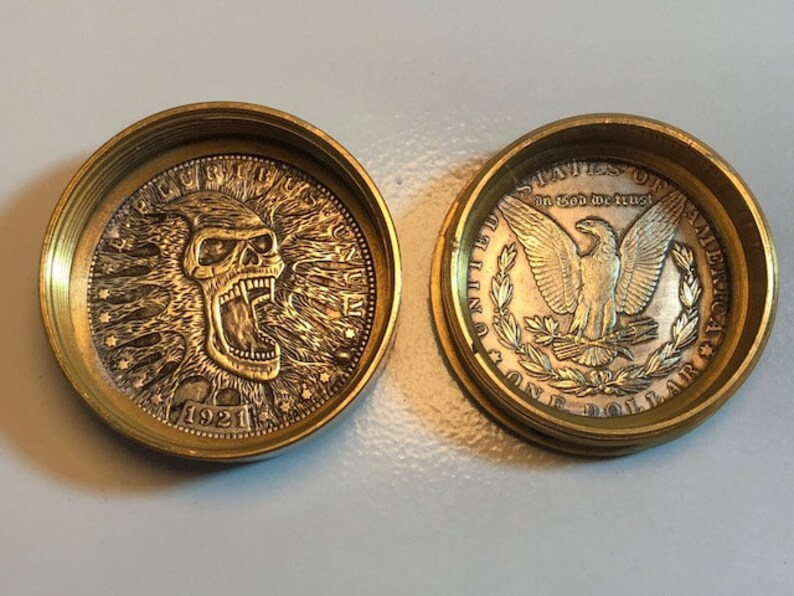 Canadian Made Snuff Box Stash Box Screaming Skull Coin Pill Box