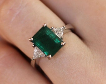4 ctw Natural Green Emerald & Diamond Ring / 3 Stone Engagement Ring / Solid 14k 18k Gold / Tapered Band / Solitaire Ring / May Birthstone
