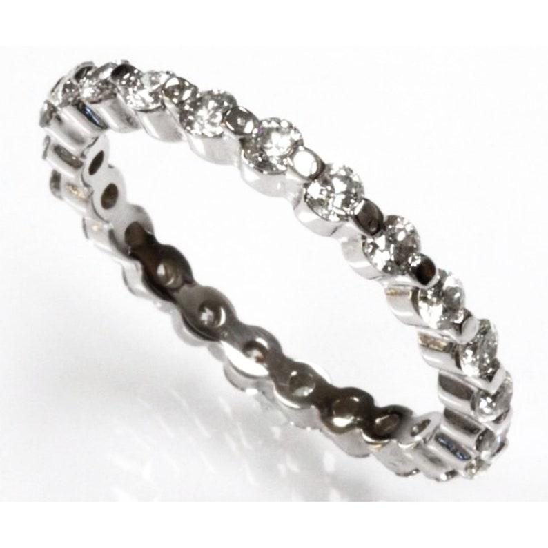 0.9 ctw Natural Diamond G-H SI2 Bar Set Band Ring / Full image 0
