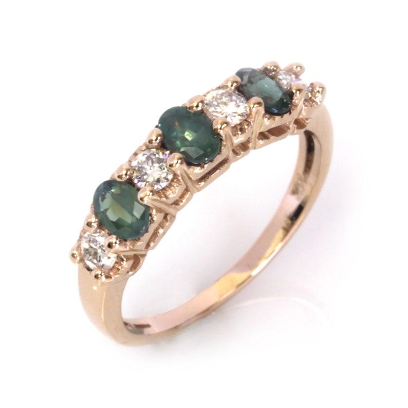 1 ctw Natural Color Change Alexandrite & Diamond Ring / 7 image 0
