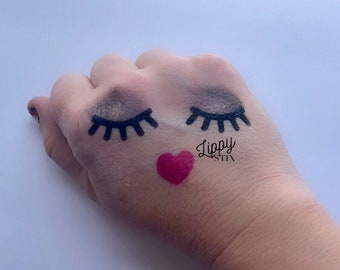 Lashes & Heart Lips Stencil (10 ct)