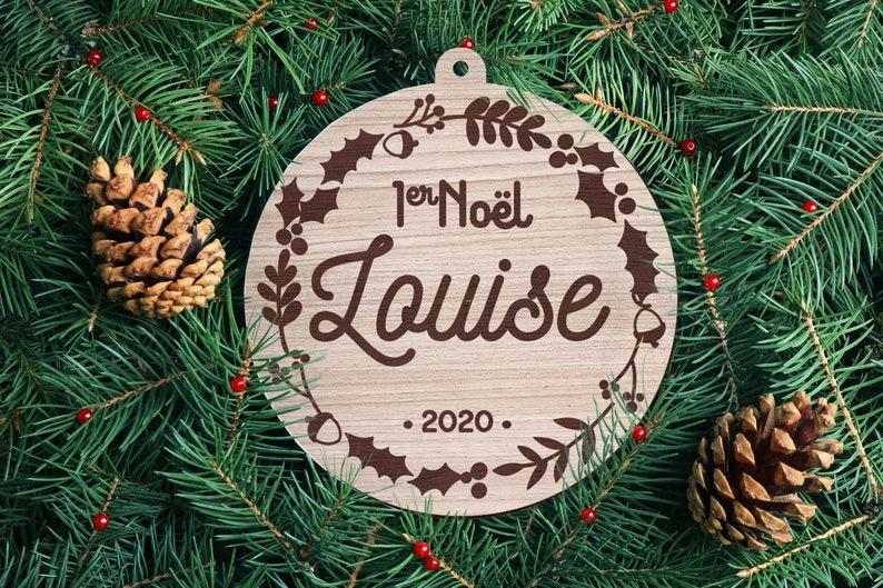 Boule en bois de Noël personnalisable Premier Noël - Créatrice ETSY : RonWoodiy