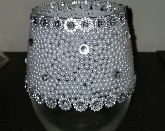 Blingy pearl decor