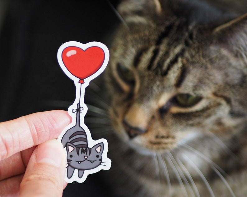 Love Momo: A Vinyl Cat Sticker from Tutimon image 0
