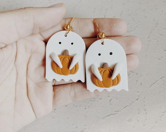 Ghost Dangle Earrings, Halloween Earrings, Cute ghost, Pumpkin Earrings, Polymer clay, Fall Trends, Small Dangle Earrings