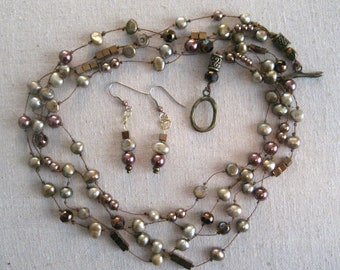 """Necklace earring set: Freshwater cultured pearls, metal and glass beads, 4 strands, 20"""""""