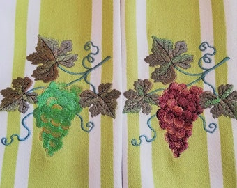 Red and Green Grape Embroidered Kitchen Towel Set