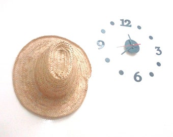 32512ecaaa6 Straw Hat Traditional 100% Natural Palm Leaf