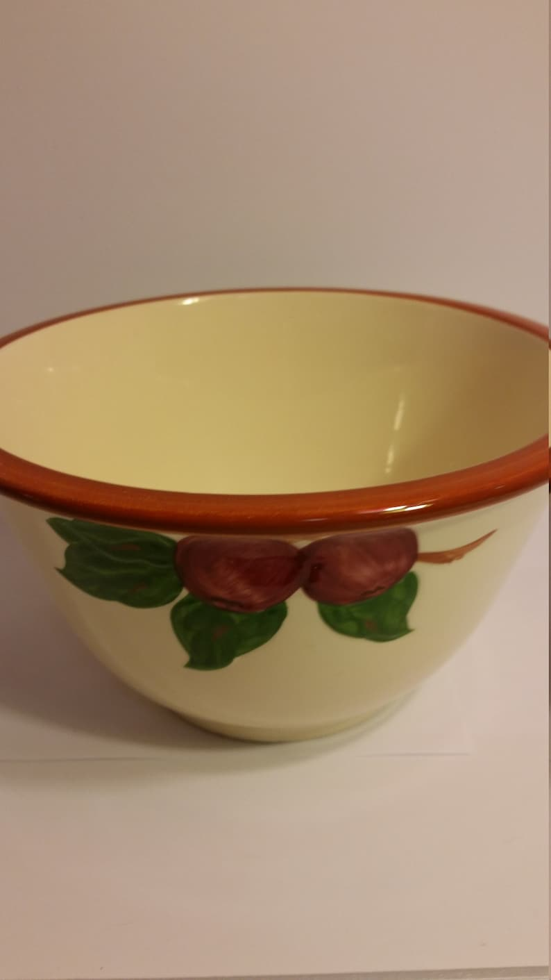 Franciscan Apple 9 Mixing Bowl Made in USA