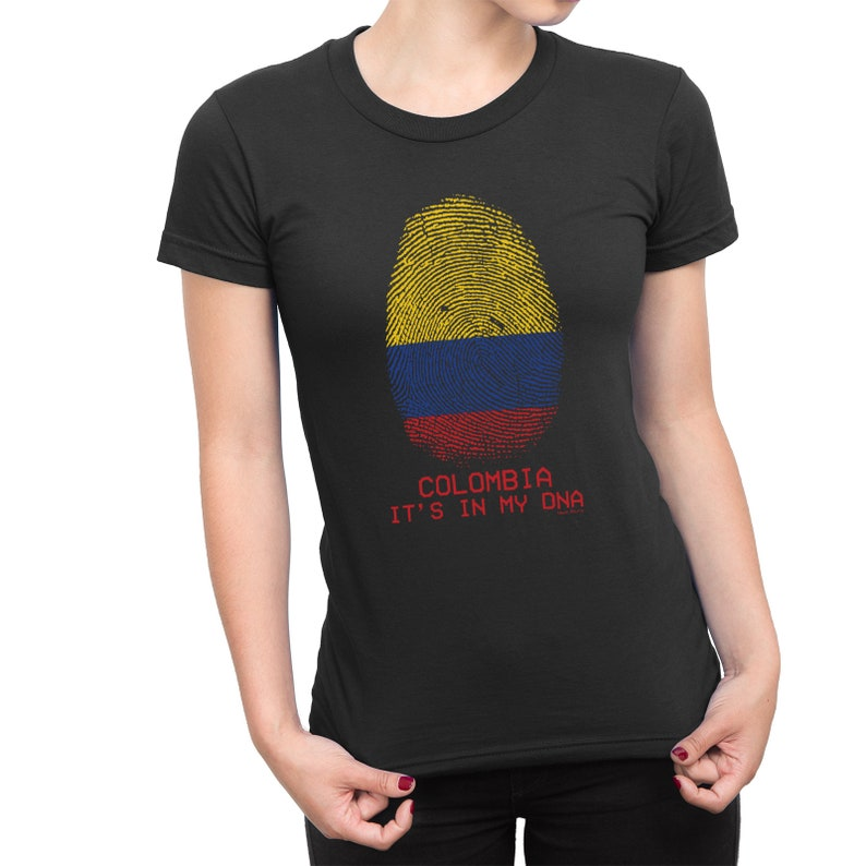 4d9b2fc9ea6 LADIES T-Shirt COLOMBIA Its in my DNA Womens Football Copa   Etsy