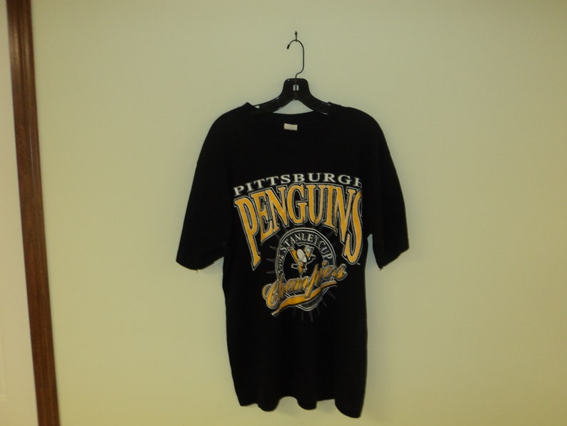 brand new 56ec0 07261 Vintage 90s Pittsburgh Penguins Stanley Cup Champions T Shirt Size (XL)