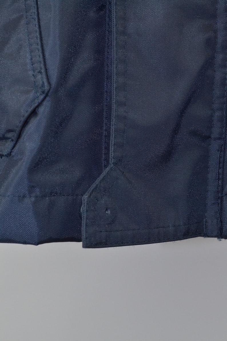 Men/'s Helly Hansen Vintage 90s Retro Navy Waterproof Windbreaker Hiking Trekking Raincoat Jacket Size L