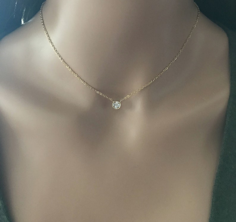 Dainty Choker Crystal Flower Choker Minimalistic Necklace Minimalistic Jewelry Dainty Layering Choker Gold Flower Necklace Chain Choker