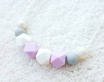 Teething Necklace for mom, nursing necklace, silicone chew beads necklace, breastfeeding necklace, sensory teething baby, baby shower gift
